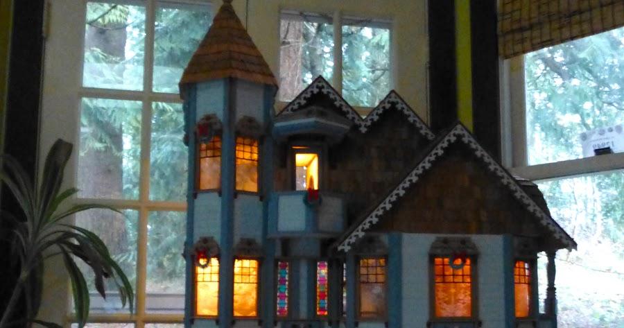 Teresa Kasner Dollhouse Lighting Ceremony