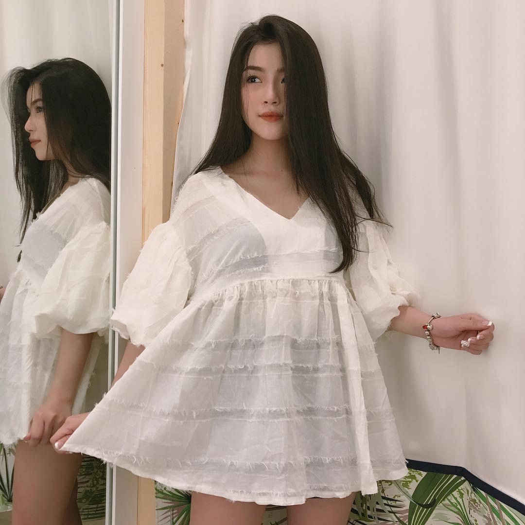 Cô bạn sinh năm 1998 xinh như búp bê cùng nụ cười tươi rói đang cực hot trên Instagram Việt Nam -5