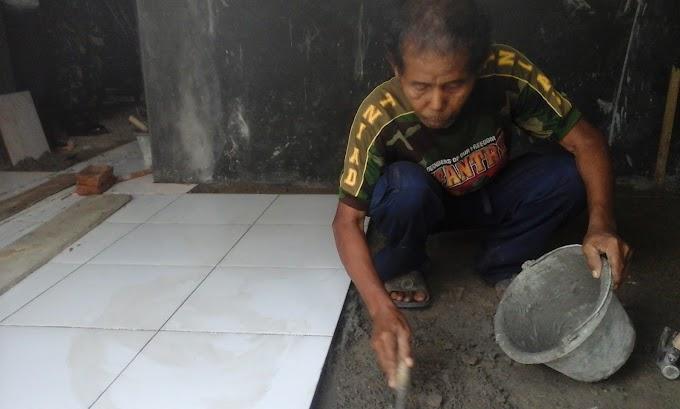 Tarjo Gembira, Rumahnya Mulai Dipasangi Keramik