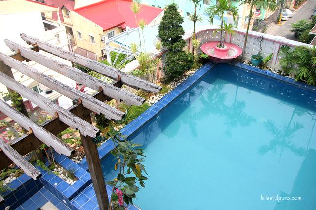 Pink Manila Hostel Blog