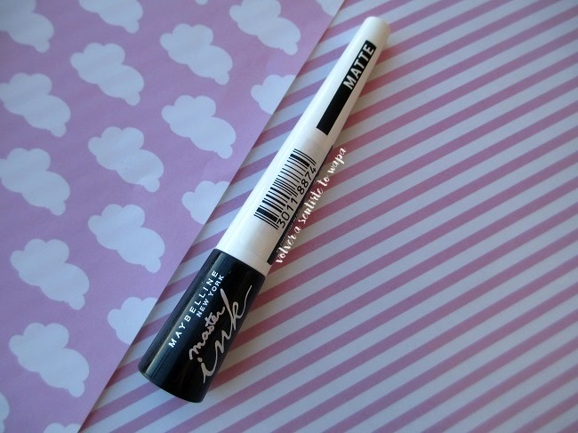 Delineador líquido master ink de Maybelline