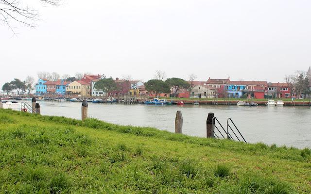 Qué ver en Burano, Casas de colores en Burano. Canales de Burano