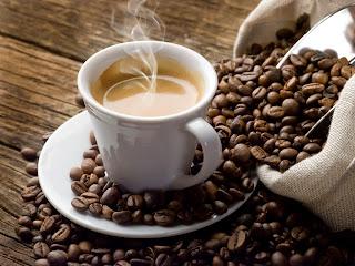 Αποτέλεσμα εικόνας για Τι παθαίνουν όσοι… πίνουν πολύ καφέ;