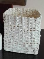 https://manualidades.facilisimo.com/hacemos-una-cesta-de-papel-reciclado-paso-a-paso_1940383.html