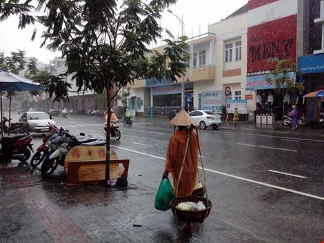 Cảnh báo mưa to lũ lên nhanh tại miền Trung