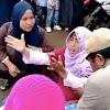 Viral, Wanita Ini Mendadak Kesurupan Saat Lihat Proses Evakuasi Lion Air JT610 di Pantai Karawang