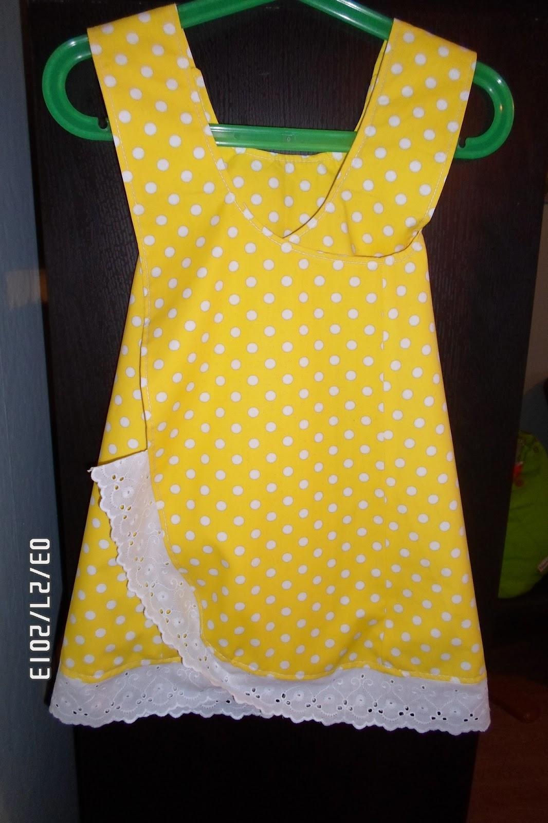 Den här modellen på klänning är ganska enkel att sy 4109120d3a5d1