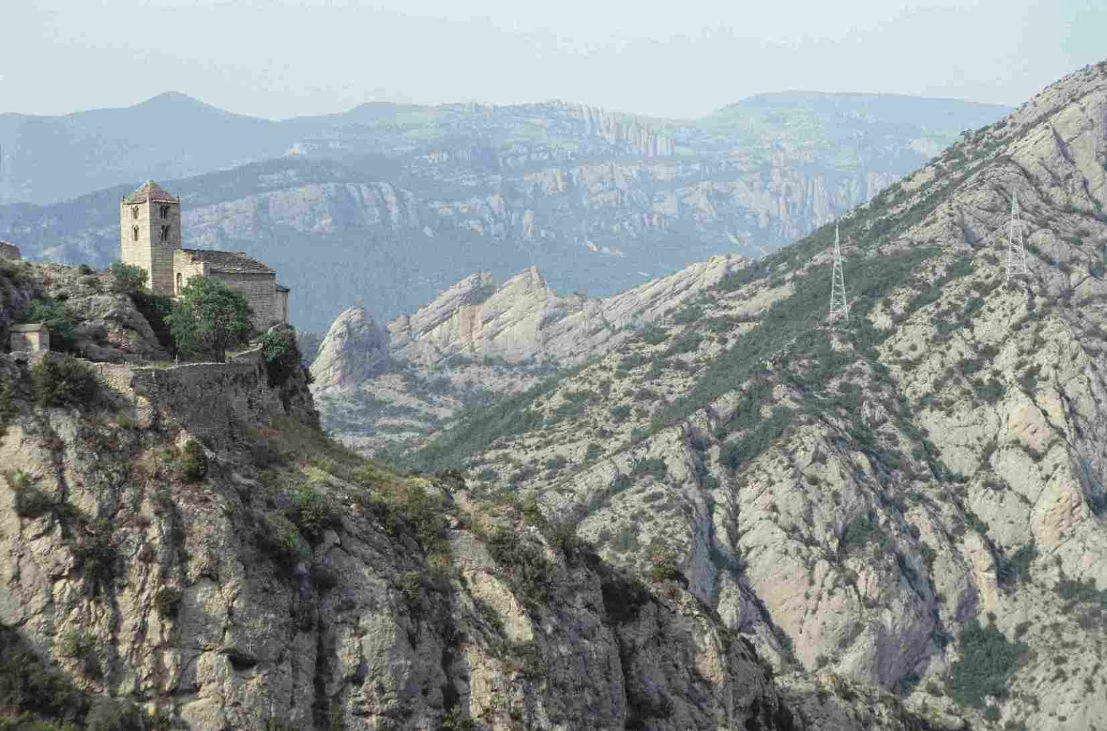 Spain Pyrenees Travel Guide