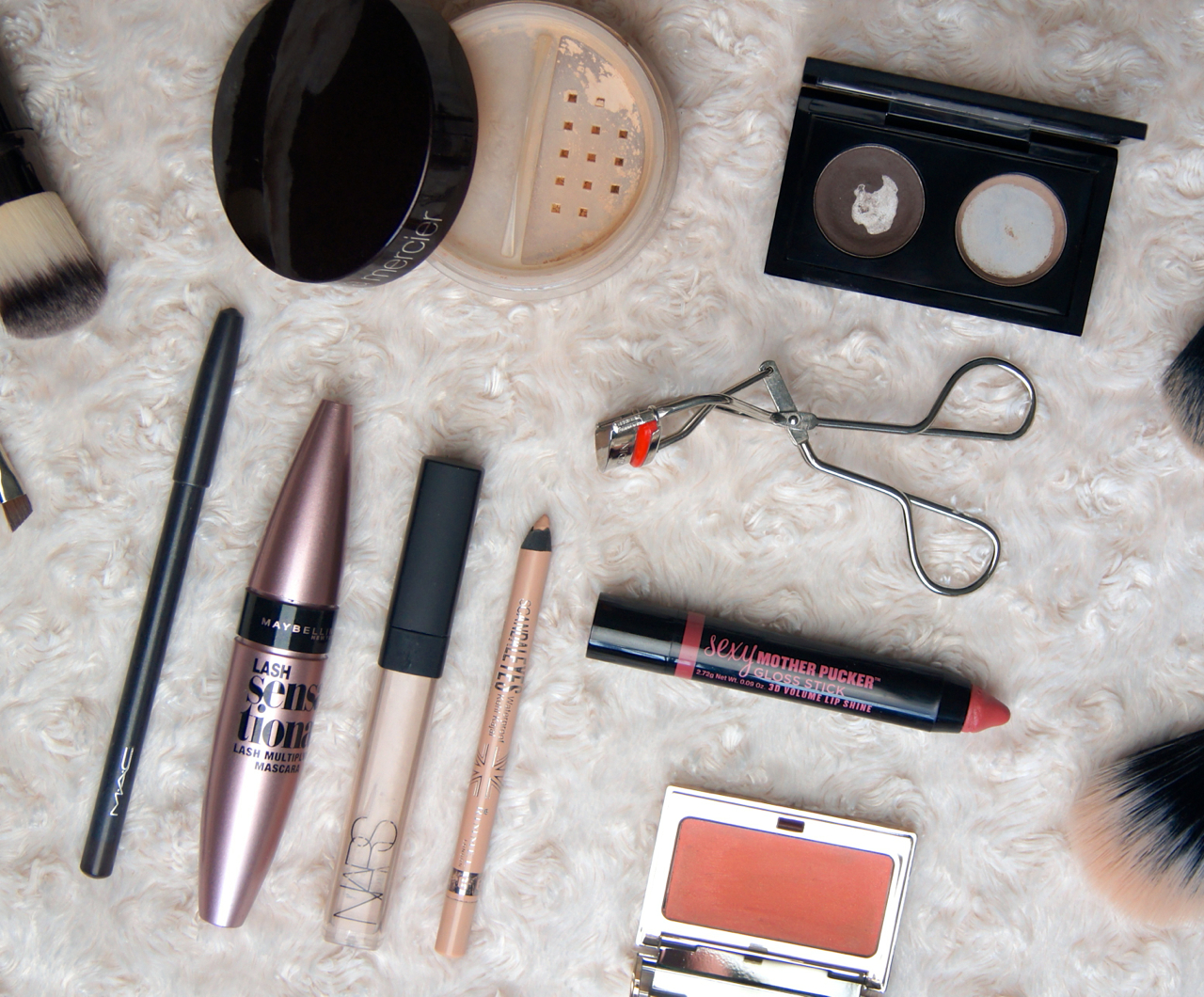 quick 5 minute lazy sunday morning makeup routine