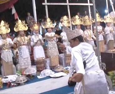 Tari Cangget Agung Tarian Tradisional Provinsi Lampung