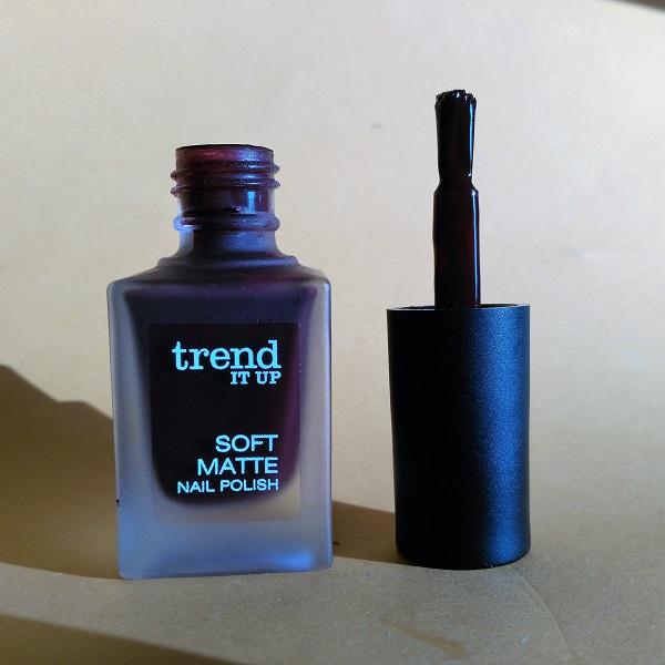 Trend it Up Soft Matte Nail Polish 020