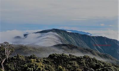 gunung latimojong tertinggi Indonesia