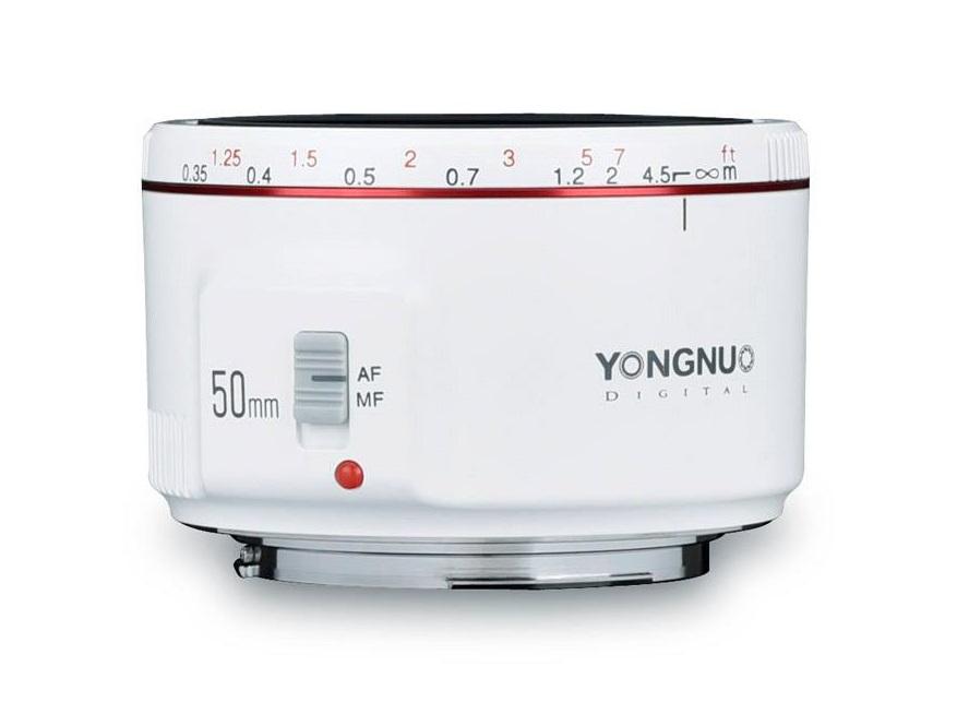 Объектив Yongnuo YN 50mm f/1.8 II белого цвета