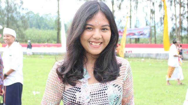Gadis Cantik Asal Bali Ini Sampaikan Harapannya Jelang Nyepi di Kota Batu