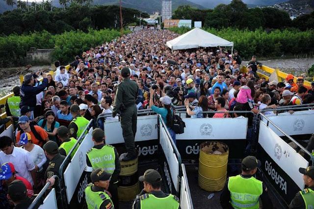 Santos dice que en tres meses entraron a Colombia más venezolanos que en 2017