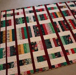 Interlude-Christmas-Quilt