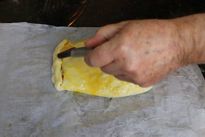 Preparación de solomillo con verduras envuelto en hojaldre