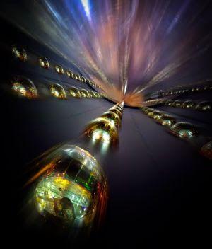 Noves pistes a la recerca de la font dels neutrins còsmics