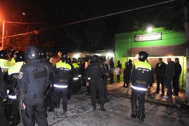 Uniformes de policía
