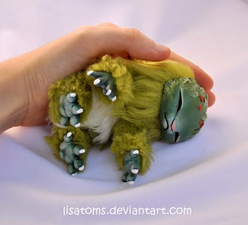 09-Woodling-Lisa-Toms-Maker-of-Mythical-Creatures-and-Pet-Dolls-www-designstack-co
