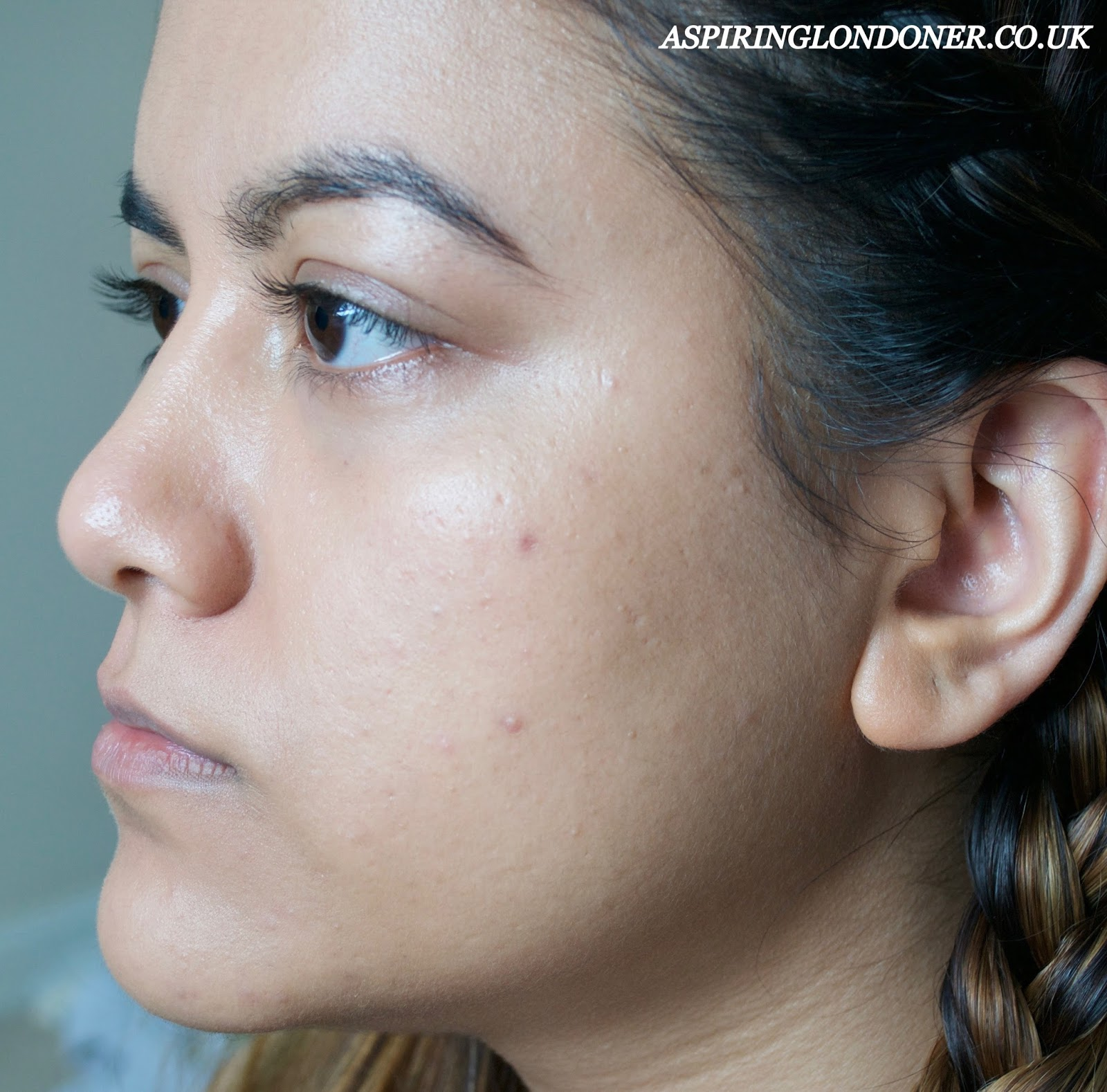 FOUNDATION SHADE MATCH SMASHBOX LIQUID HALO HD FOUNDATION REVIEW SWATCH - ASPIRING LONDONER