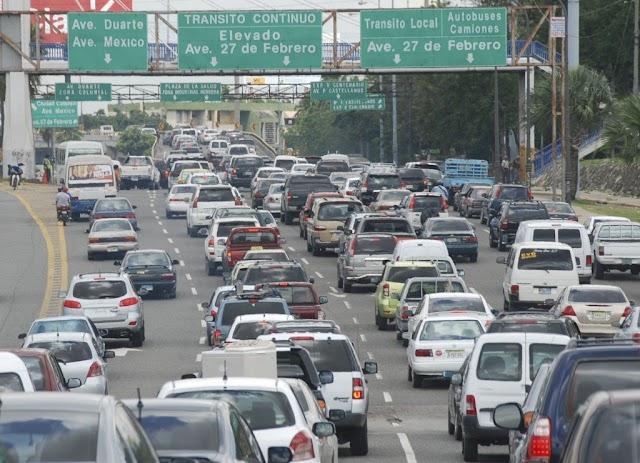 Leer aquí, dice el INTRANT a chóferes con multas y van a renovar placas