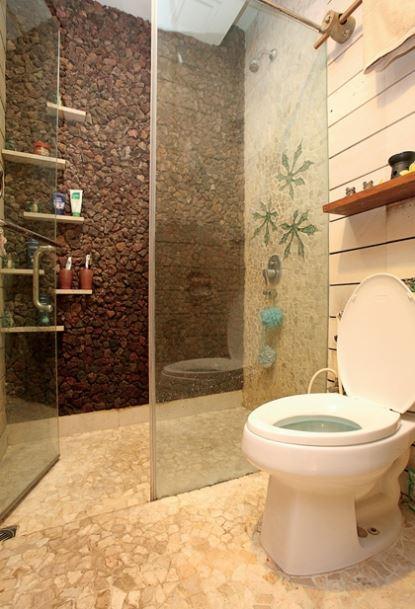 Lantai Kamar Mandi Minimalis batu alam