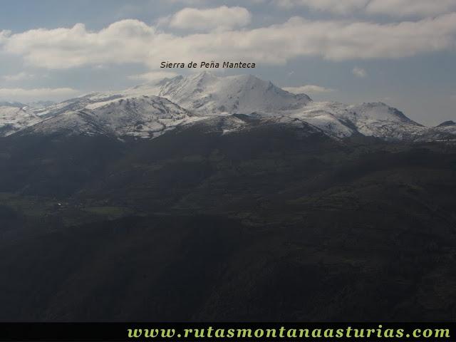 Vista de la Sierra de Peña Manteca desde el Cevera