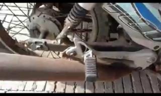 Gambar ekzos motor kriss berkarat