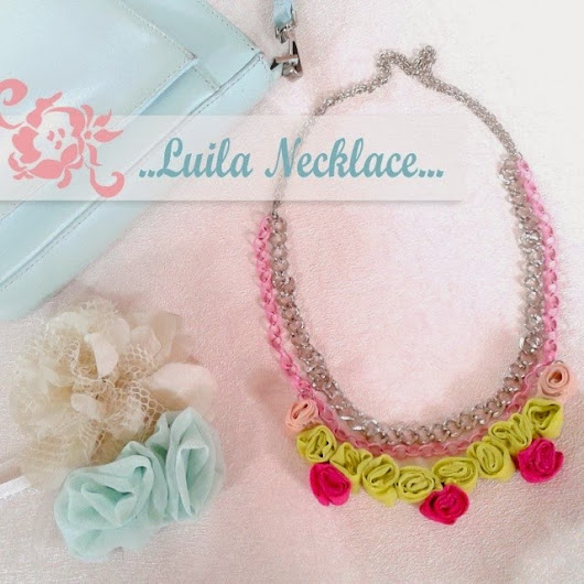 neon-chic statement necklace