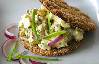 szwedzka sałatka z jajek, egg anchovis salad
