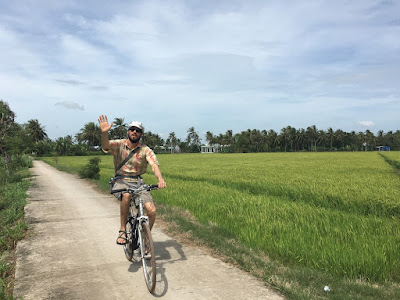 real-mekong-delta-tour-Bike-ride-through-paddy-rice-field