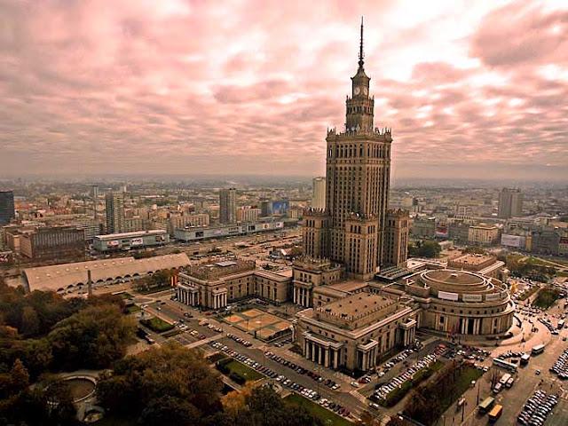 Palacio de Cultura de Varsovia, Polonia