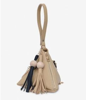Geometric Stereo Triangle Tassel Tote Bag