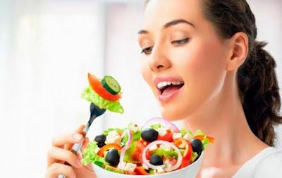 5 Makanan Ampuh untuk Cegah dan Atasi Jerawat