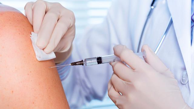 Vacunas que necesitas si viajas al Mundial de Rusia