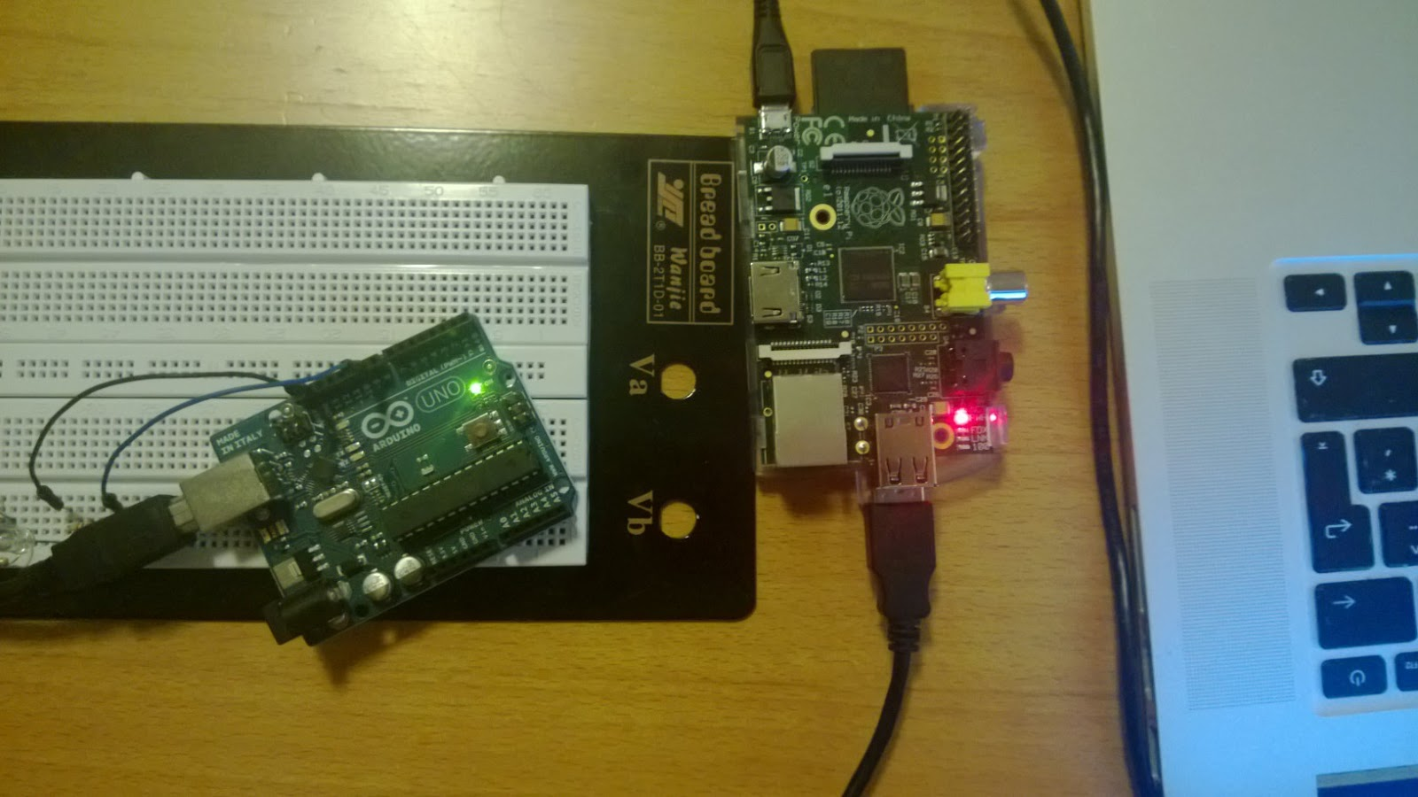Arduino stuff: Exposing Arduino pins to Raspberry Pi with USB connection