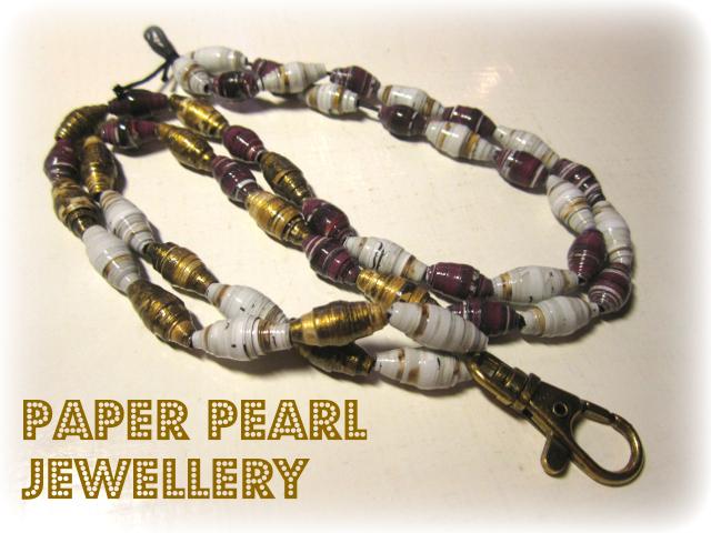 Paper pearl jewellery - Paperihelmikoru