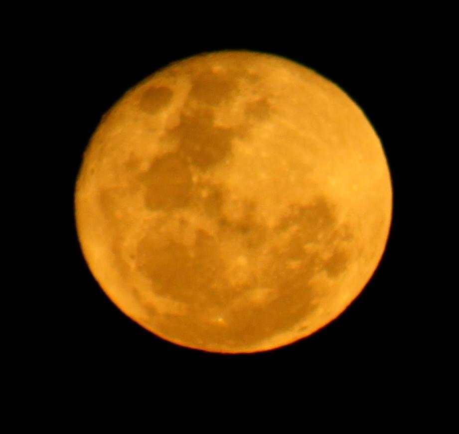 red moon today australia - photo #2