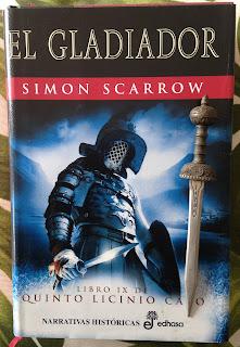 Portada del libro El gladiador, de Simon Scarrow
