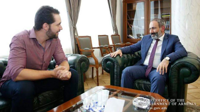 Pashinyan recibe al cofundador de Reddit Alexis Ohanian