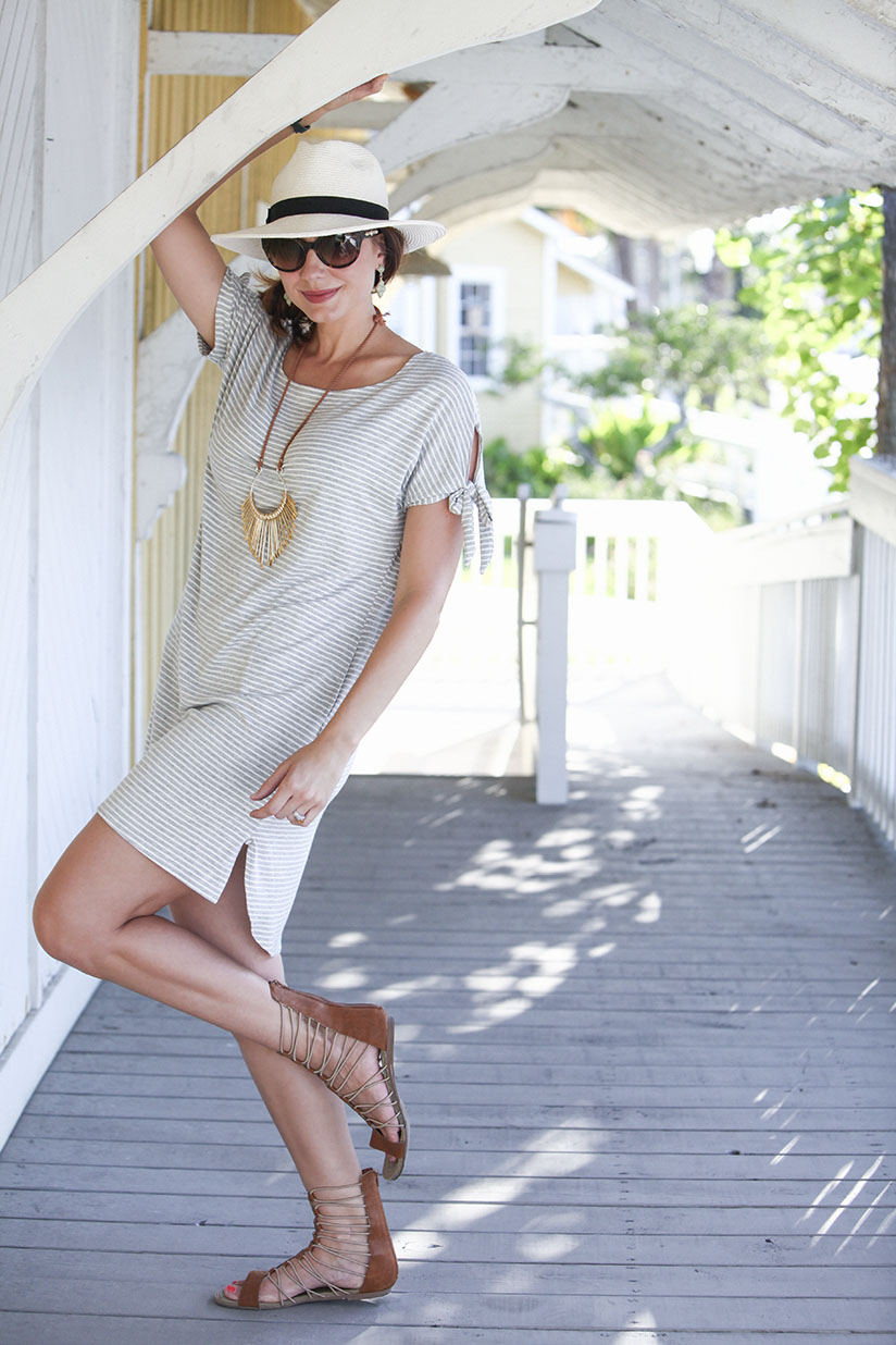 Fresh and relaxed t-shirt dress by Threads