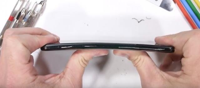 Xiaomi Mi Mix 3 Durability. Smartphones That don't break easily? 1