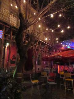 DIY costura: El gorro y la bufanda que me abrigaron en Budapest-Ruin Pub 7