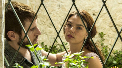 """Betina (Isis Valverde) e Vicente (Rodrigo Garcia), em """"Amor de mãe"""" (Foto: Estevam Avellar/Rede Globo/Divulgação)"""