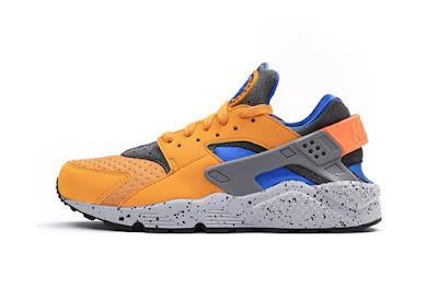 huge selection of 696eb 62236 Nike Air Huarache Run SE  Yellow  Sneakers  852628-700  Caliroots