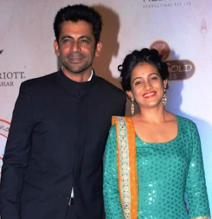 Sunil Grover Family Wife Son Daughter Father Mother Marriage Photos Biography Profile