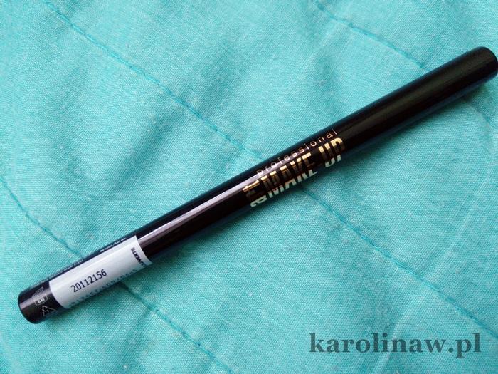 Eyeliner w pisaku Eveline Marker Art Professional w mazaku pisak we flamastrze cena liner do oczu