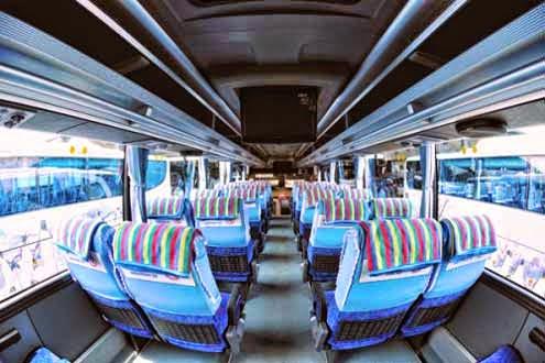 interior bus pariwisata putra remaja