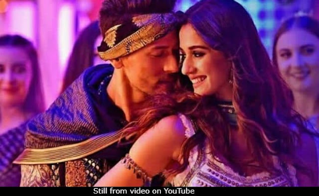 Tiger Shroff and Disha Patani - Checkout Photos
